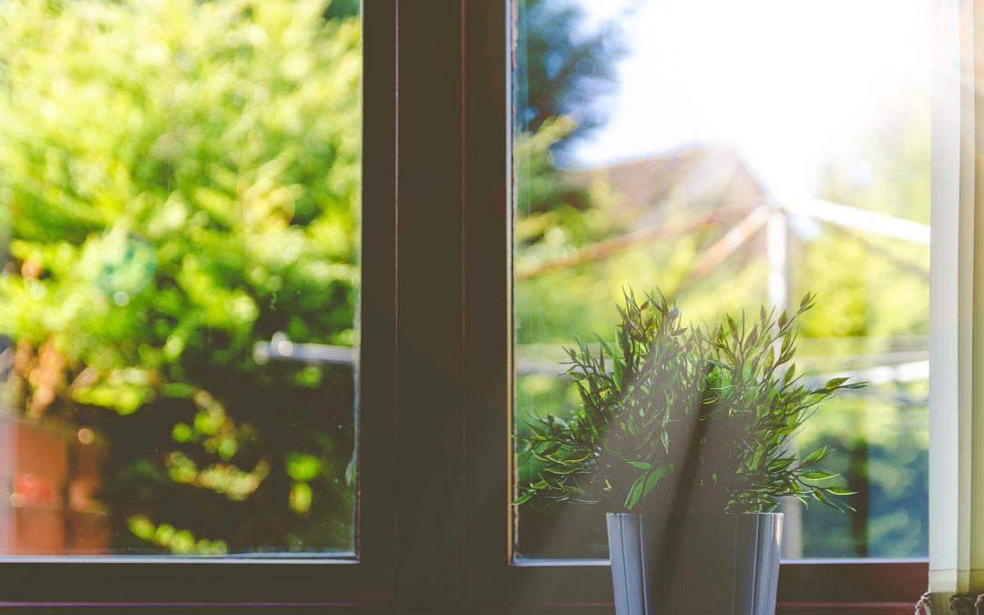 ¿Cómo puedo mantener fresca mi casa?